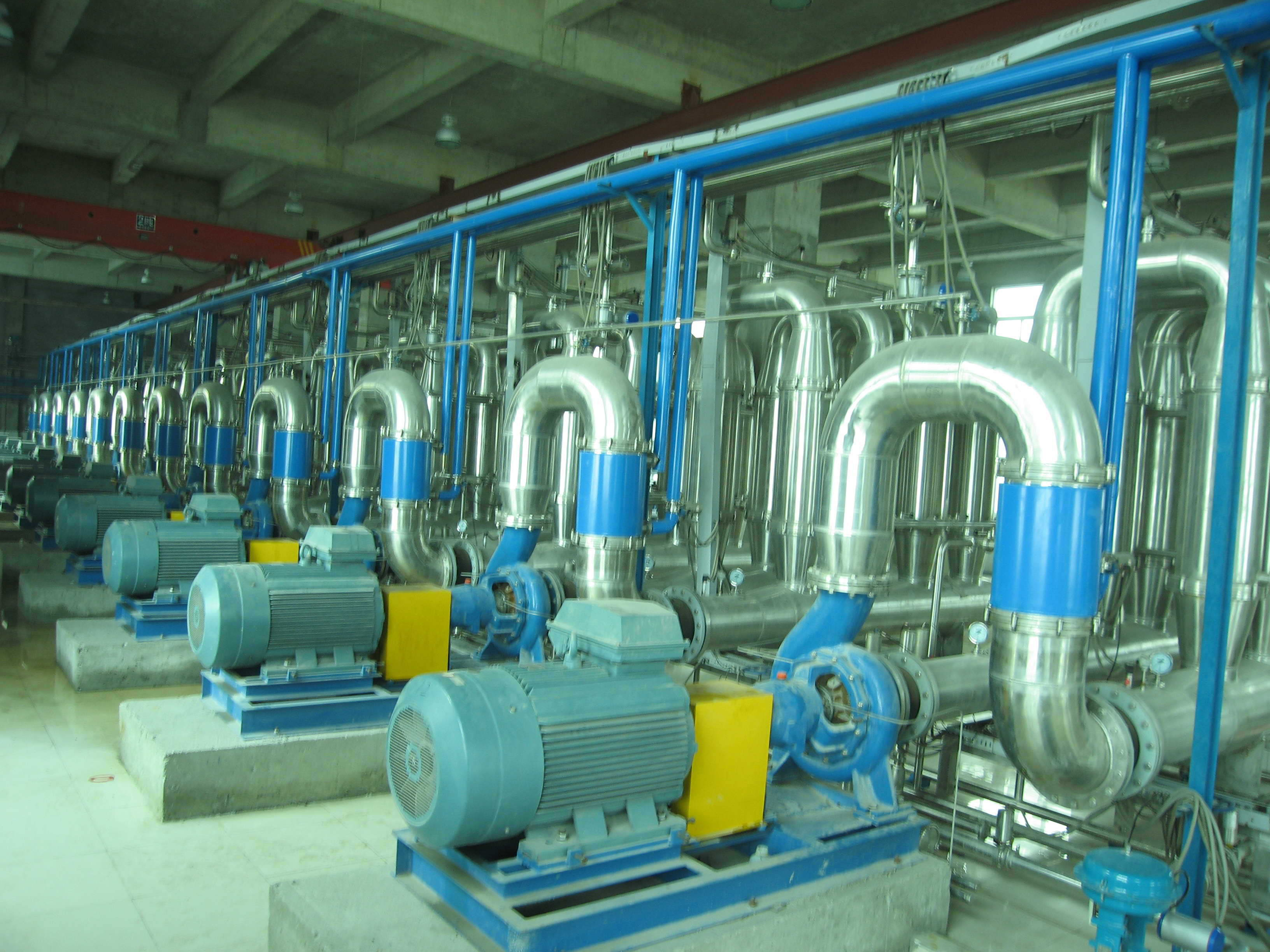 Ceramic membrane machine